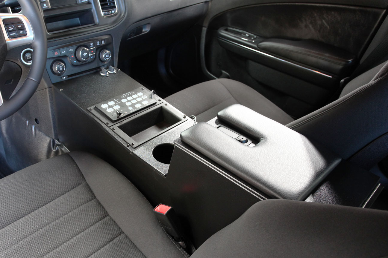 2011 Charger Console